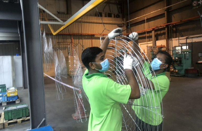 Powder Coating - Hanging | BSL Corp